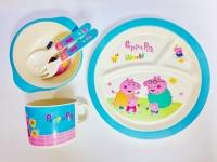 Набор бамбуковой посуды из 5 предметов Peppa Pig Memos. 49298