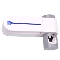 Ультрафиолетовый стерилизатор зубных щеток F&D + дозатор зубной пасты. 48742